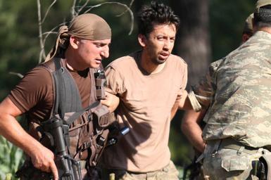 (تصاویر) دستگیری سربازانی که به اقامتگاه اردوغان حمله کردند