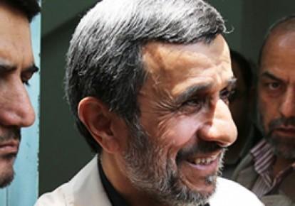 تمام ثروت افراد دولت من یک صدم ثروت افراد دولت جدید نمیشود/  مشکل این جریانها با احمدینژاد نیست/ به خاطر مصلحت کشور سکوت میکنیم