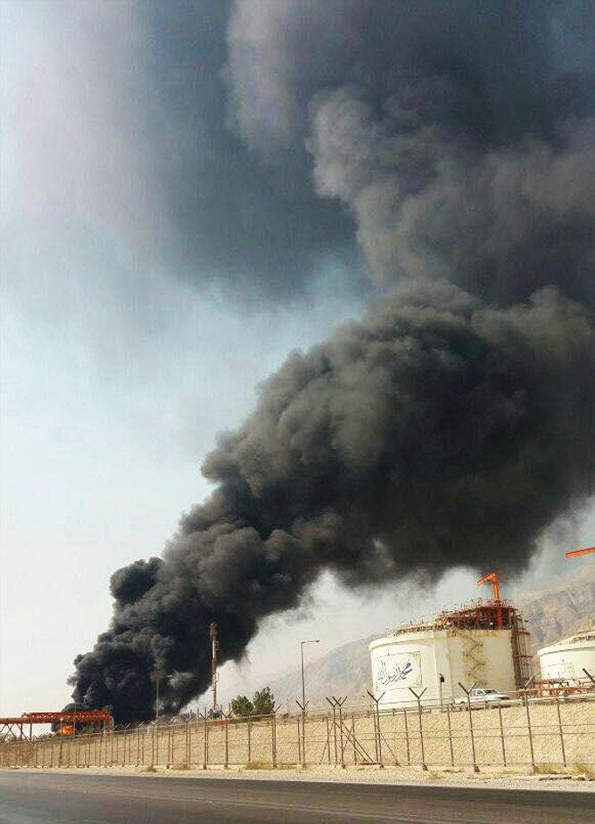 (تصاویر) آتشسوزی در عسلویه