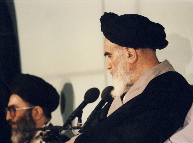 (تصاویر) تنفیذ ریاست جمهوری آیتالله خامنهای