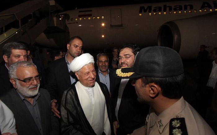 (تصاویر) استقبال از هاشمی در مشهد
