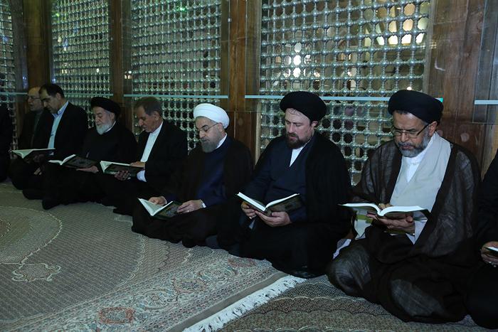 (تصاویر) هیات دولت در مرقد امام(ره)
