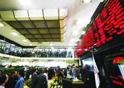 رشد شاخص بورس مصنوعی است/ مسئولان بازار شاخص سازی می کنند