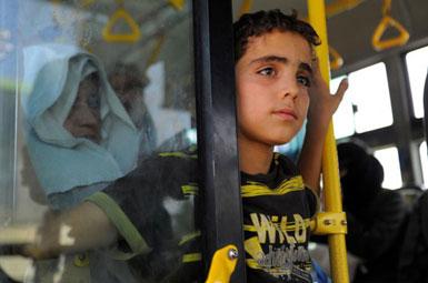 (تصاویر) فرار از محاصره در حومه دمشق