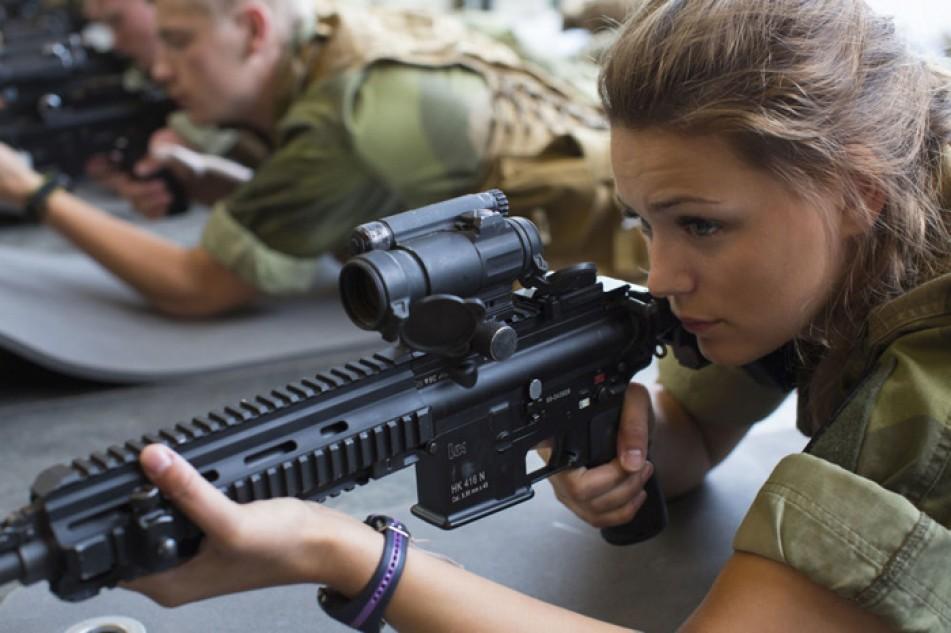 (تصاویر) خدمت سربازی زنان در نروژ