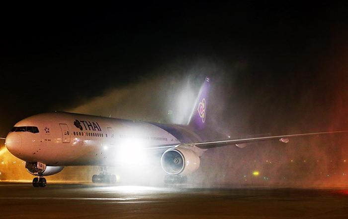 (تصاویر) اولین پرواز مستقیم بانکوک - تهران