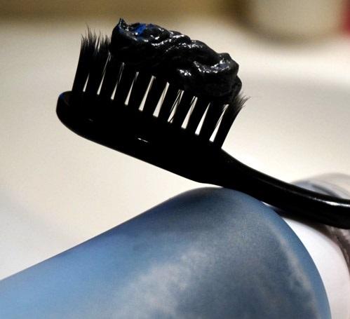ذغال درمانی دندان ها
