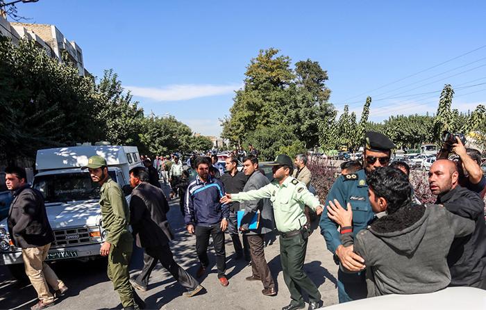 (تصاویر) بازسازی صحنه قتل در مشهد