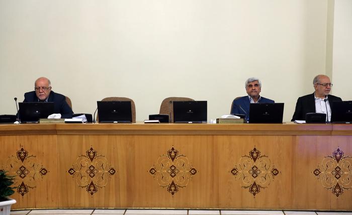 (تصاویر) دو صندلی خالی در جلسه امروز دولت