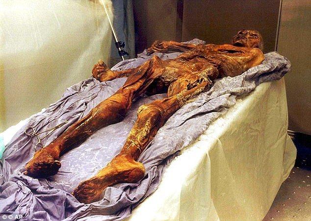 مرد یخی 5300 ساله به حرف آمد! +(تصاویر)