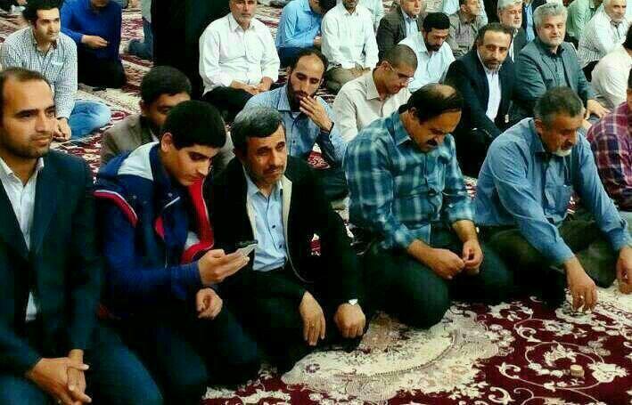 (تصویر) حضور احمدینژاد در نماز جمعه امروز شهر آستانه اشرفیه