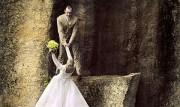(تصاویر) عکاسی از عروس و داماد در لبه پرتگاه