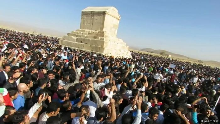 دستگیری برخی از تجمعکنندگان در مراسم «روز کوروش»