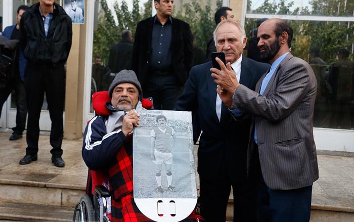 (تصاویر) مراسم تشییع منصور پورحیدری