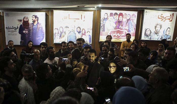 (تصاویر) حامد بهداد در اکران