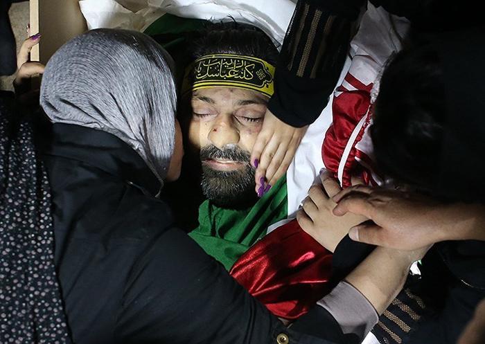(تصاویر) وداع با شهید ایرانی حمله به کرکوک