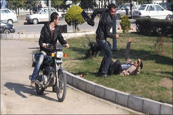 ماجرای مرد تبر بهدست در مشهد چه بود؟