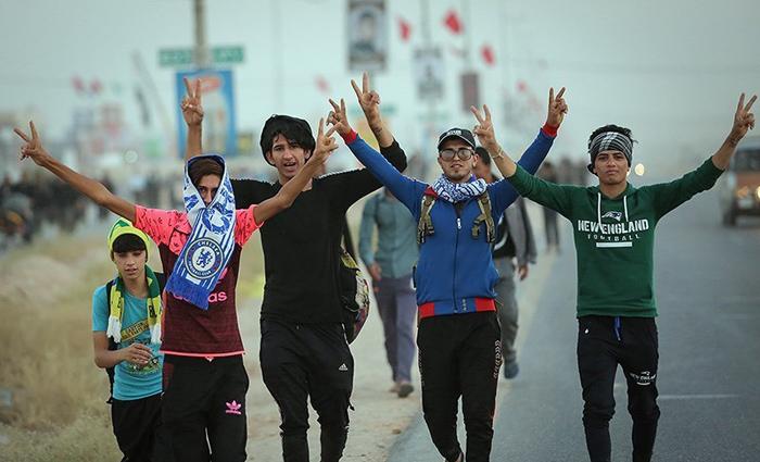 پیاده روی زائران اربعین,راهپیمایی اربعین,پیاه روی کربلا