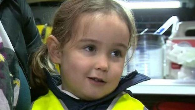 دختر چهارسالهای که جان مادرش را نجات داد