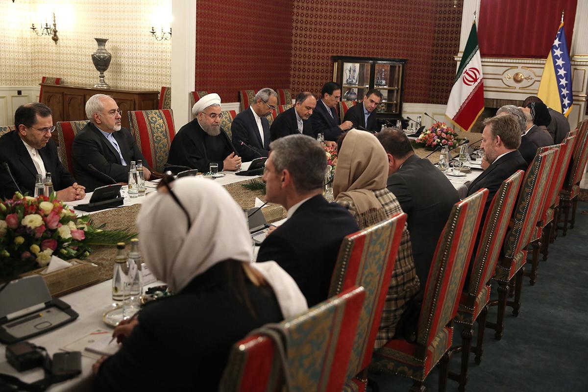 (تصاویر) دیدار روحانی با رییس شورای ریاست جمهوری بوسنی و هرزگوین