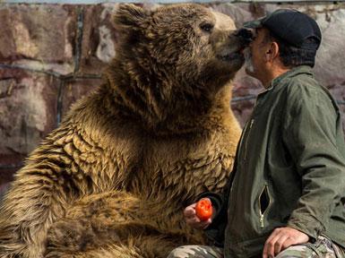 (تصاویر) باغوحش خانگیِ مرد طبیعت