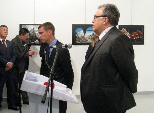 ترور سفیر روسیه به روایت تصویر