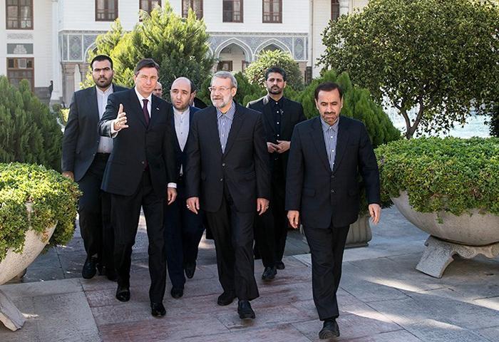(تصاویر) اتفاق بیسابقه در جلسه امروز مجلس