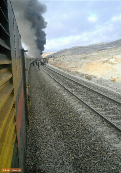 ۱۶کشته و زخمی در برخورد دو قطار در سمنان