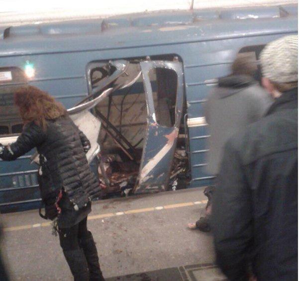 (عکس) انفجار در متروی سن پترزبورگ