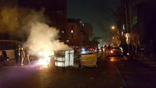 راشا تودی: چه کسی پشتپرده اعتراضات ایران بود؟