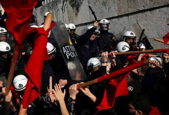 (تصاویر) اعتراضات کارگری در آتن