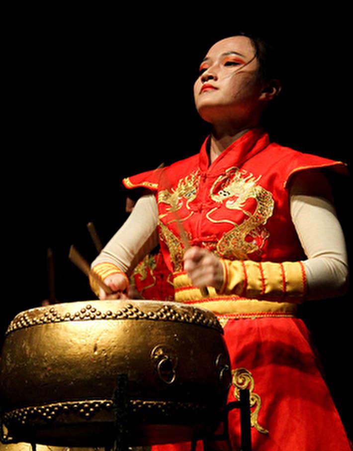 (تصاویر) کنسرت خانه درام چین و گروه لیان