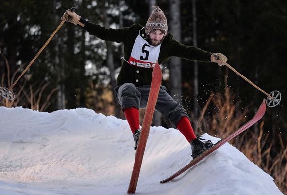 (تصاویر) مسابقات اسکی سنتی در آلمان
