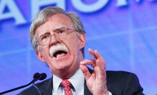 بولتون: آمریکا قبل از ۲۲ بهمن، نظام ایران را سرنگون کند!