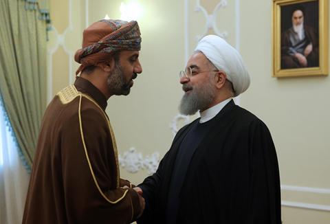 (تصاویر) دیدار رئیسان مجالس عمان و لبنان با روحانی