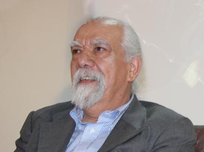 استاد آواز ایرانی در بیمارستان بستری شد