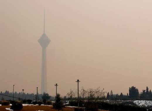 نگاه تهرانیها به آسمان