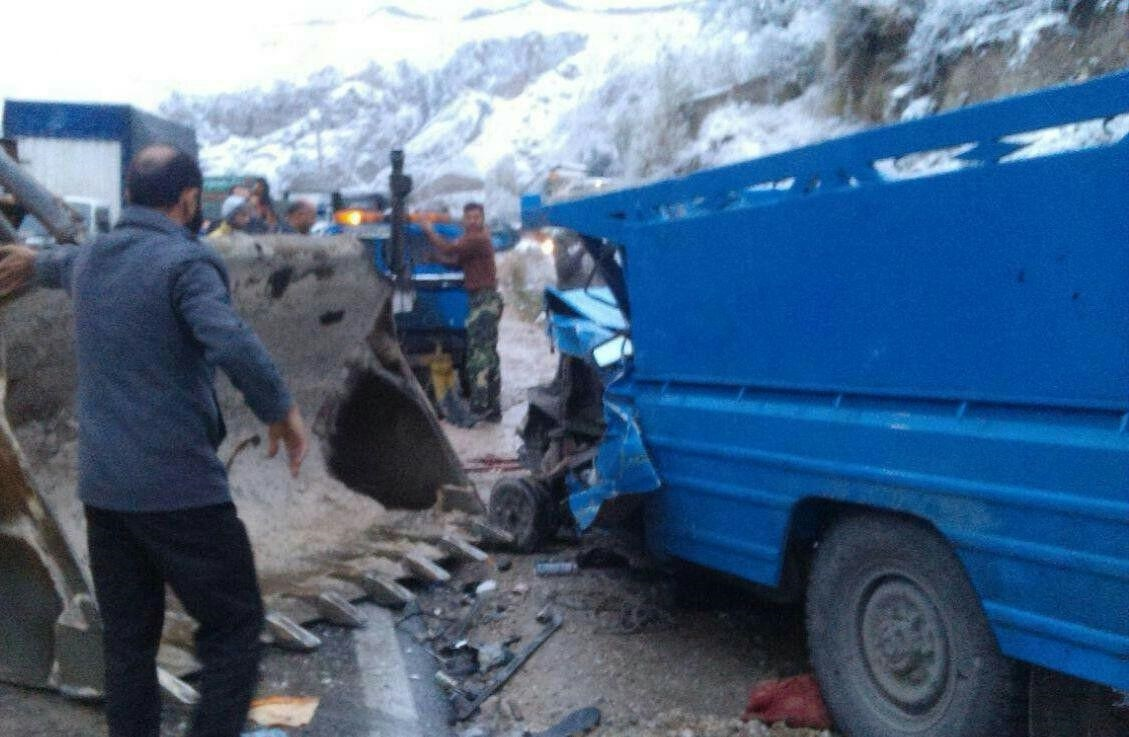 (عکس) دوئل مرگبار ۲ وانت در جاده روستایی