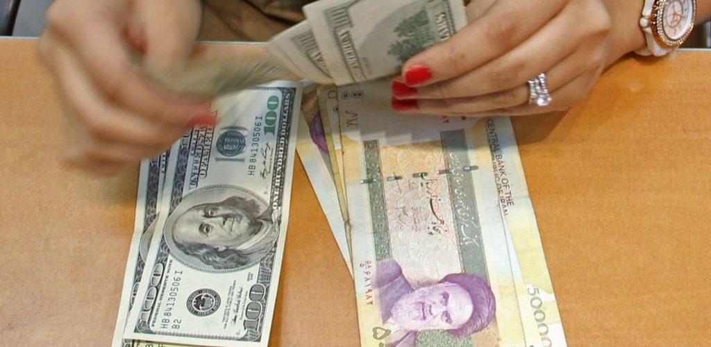 تبعات گران شدن دلار در روزهای پایان سال