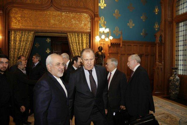 ظریف: حضور آمریکا در سوریه بسیار خطرناک است