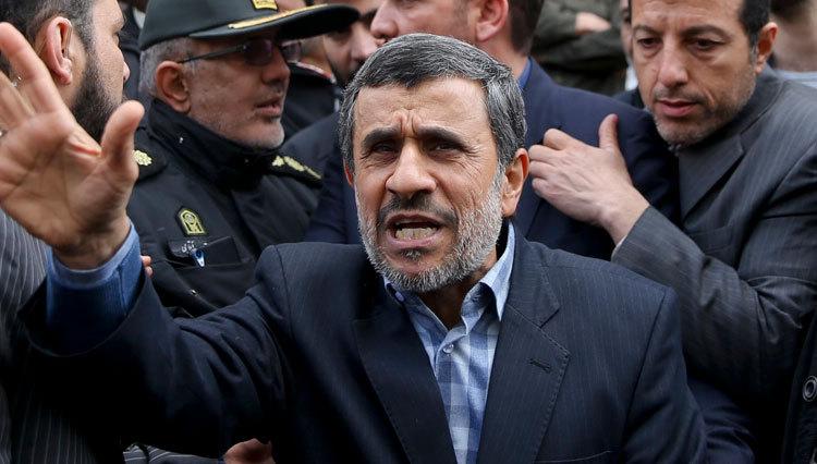 واکنش آیتالله آملی لاریجانی به جنجال احمدینژاد