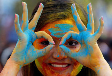 (تصاویر) هولی، جشن رنگپاشی هندوها