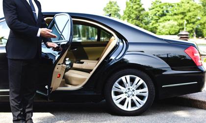 قیمت خودروهای لوکس در بازار