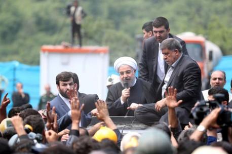 (ویدئو) سخنان روحانی میان معدنچیان عصبانی یورت