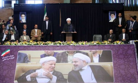 (ویدیو) سخنرانی جنجالی روحانی در شهر همدان