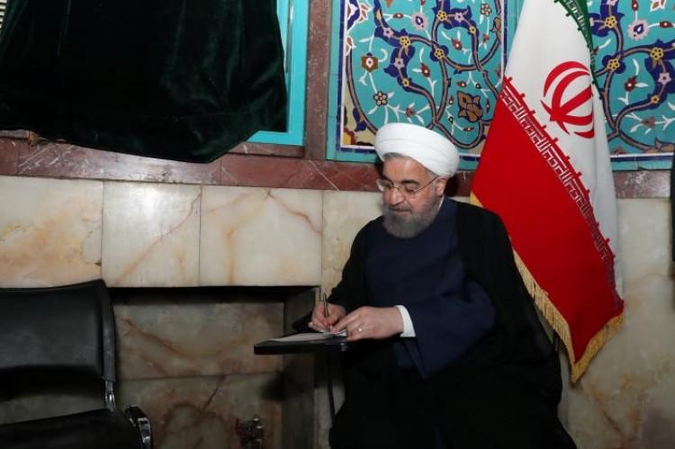 (تصاویر) گزارش رویترز از روز تاریخی ایران