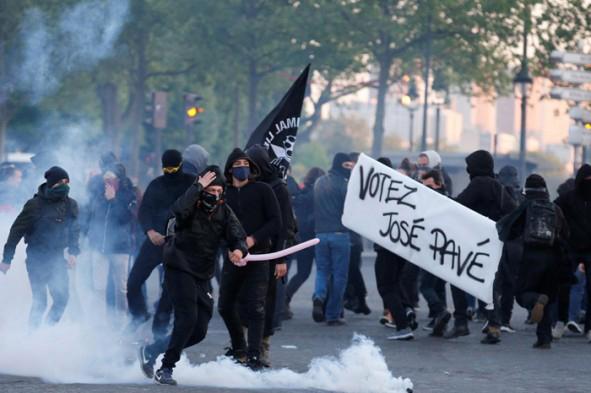 (تصاویر) اعتراضات به نتایج انتخابات فرانسه