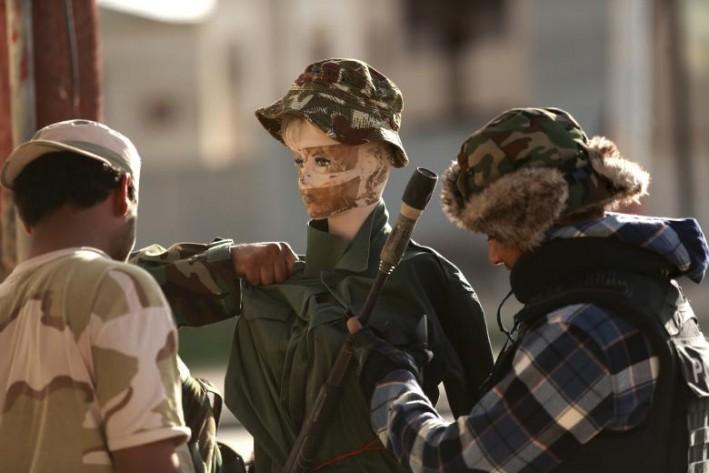 (تصاویر) مانکنهایی برای فریب داعش