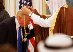 ترامپ بازیچه عربستان شده است؟