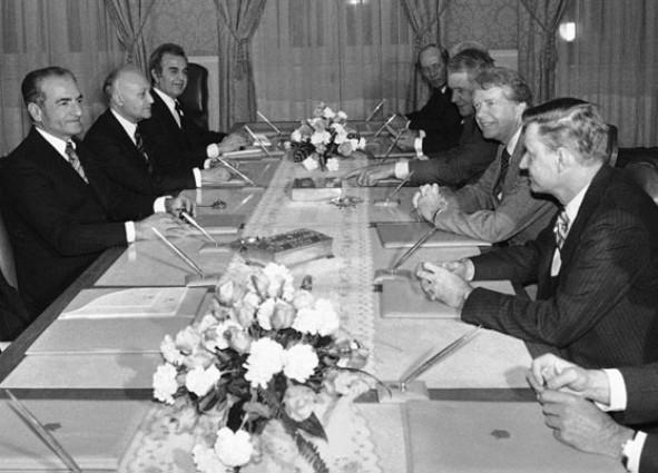 (تصاویر) مغز متفکر امریکا در زمان انقلاب ایران
